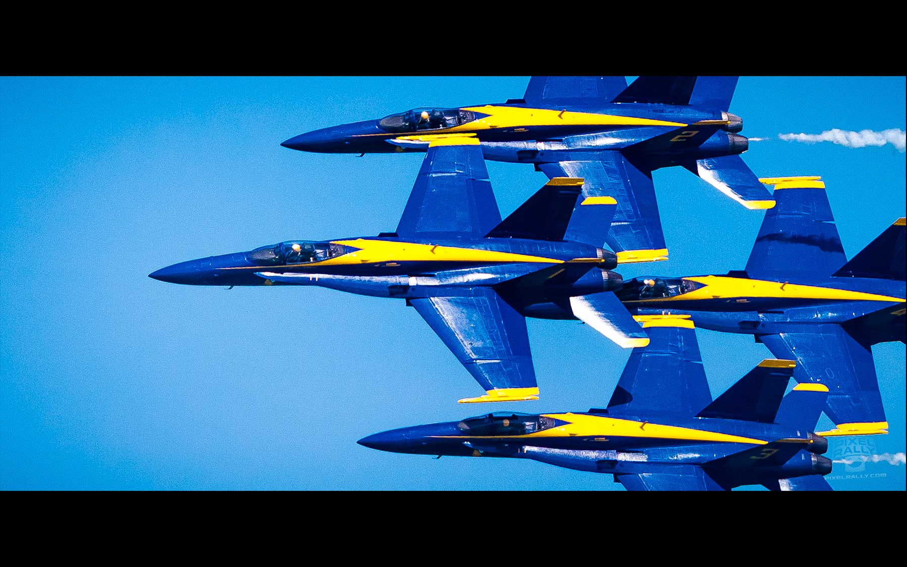 Blue-Angels-06-small-group-tight