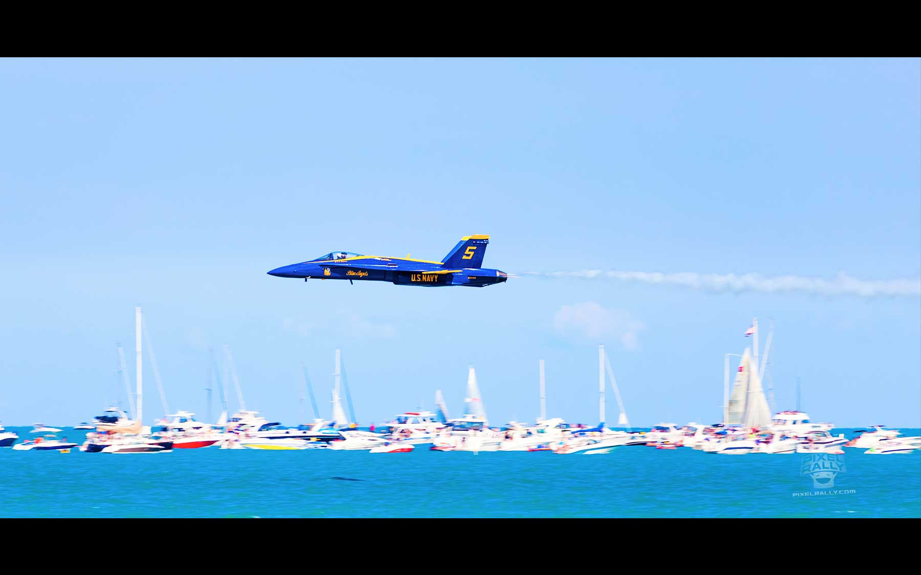Blue-Angels-17-solo-boat-buzz