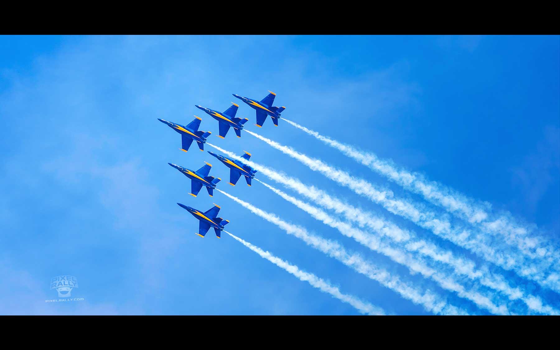 Blue-Angels-22-six-smokin-ascent