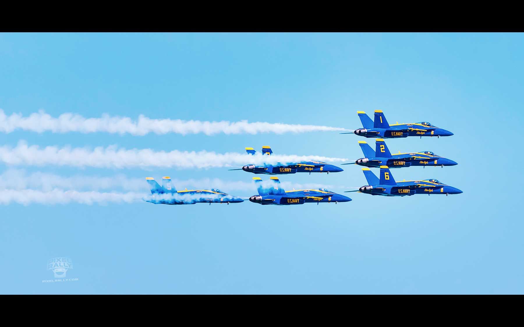 Blue-Angels-29-six-smokin-exit