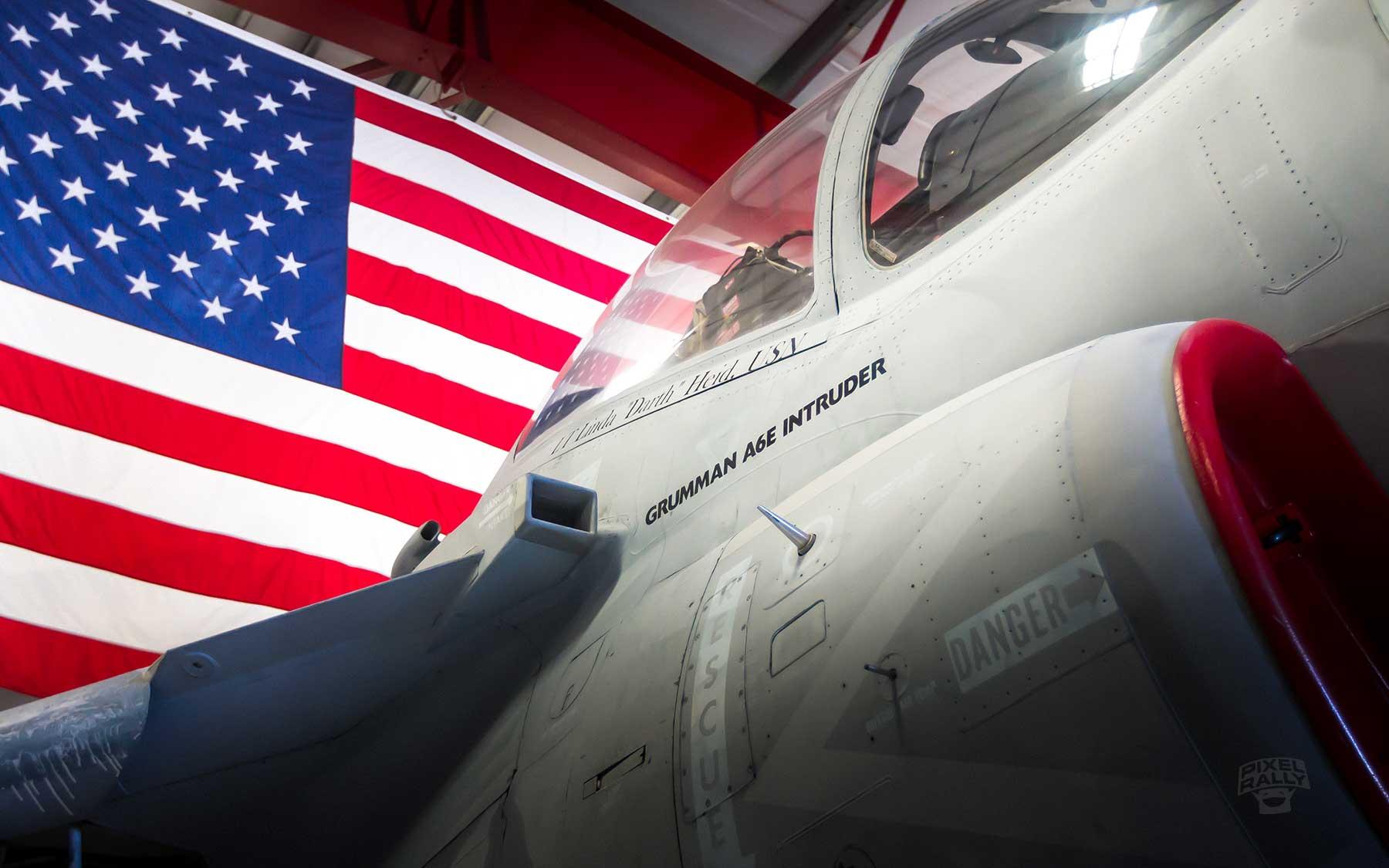 FL-WarbirdsMuseum-A6E-flag