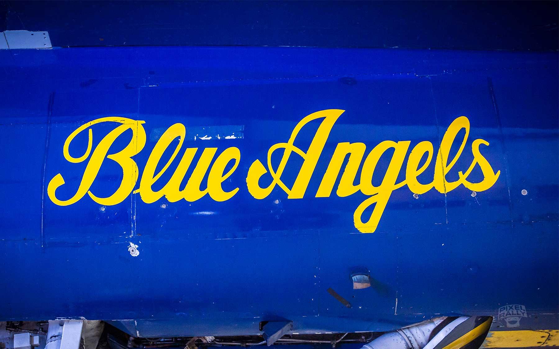 FL-WarbirdsMuseum-blue-angels-script
