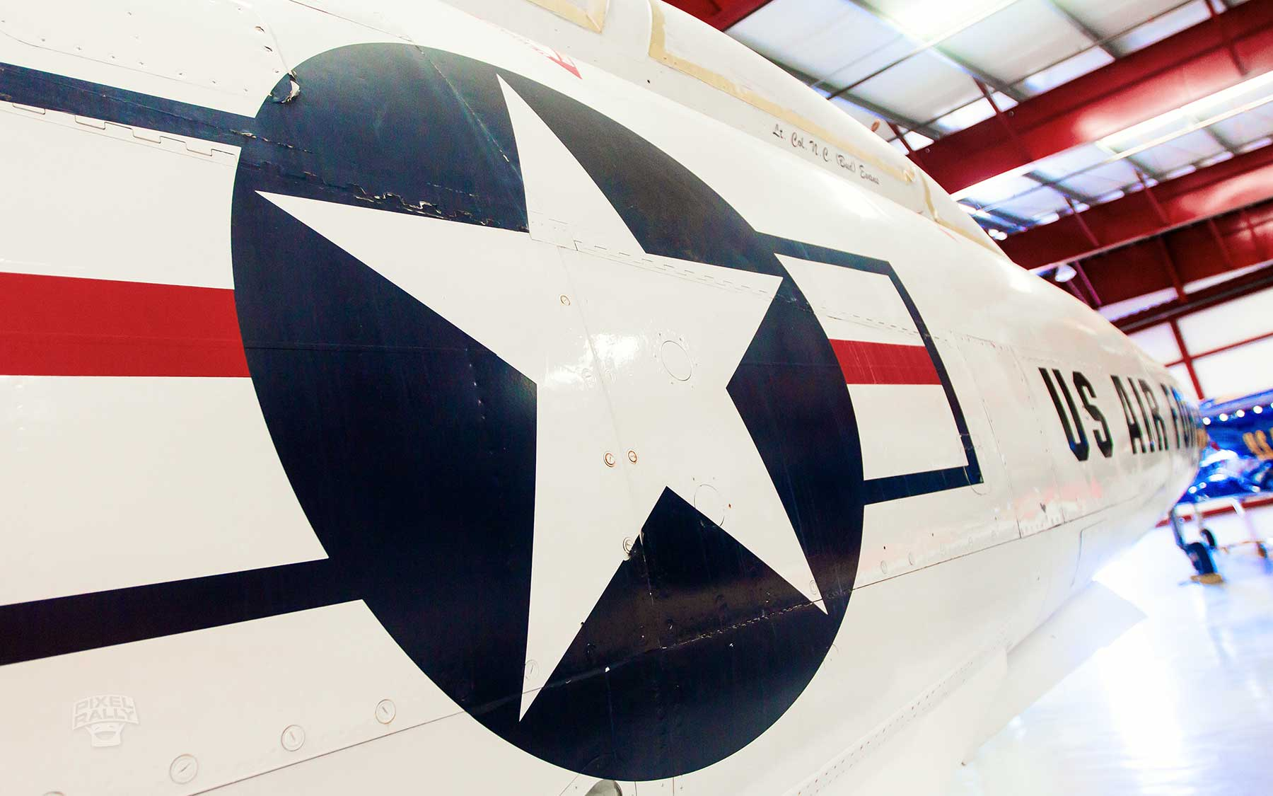 FL-WarbirdsMuseum-jet-logo
