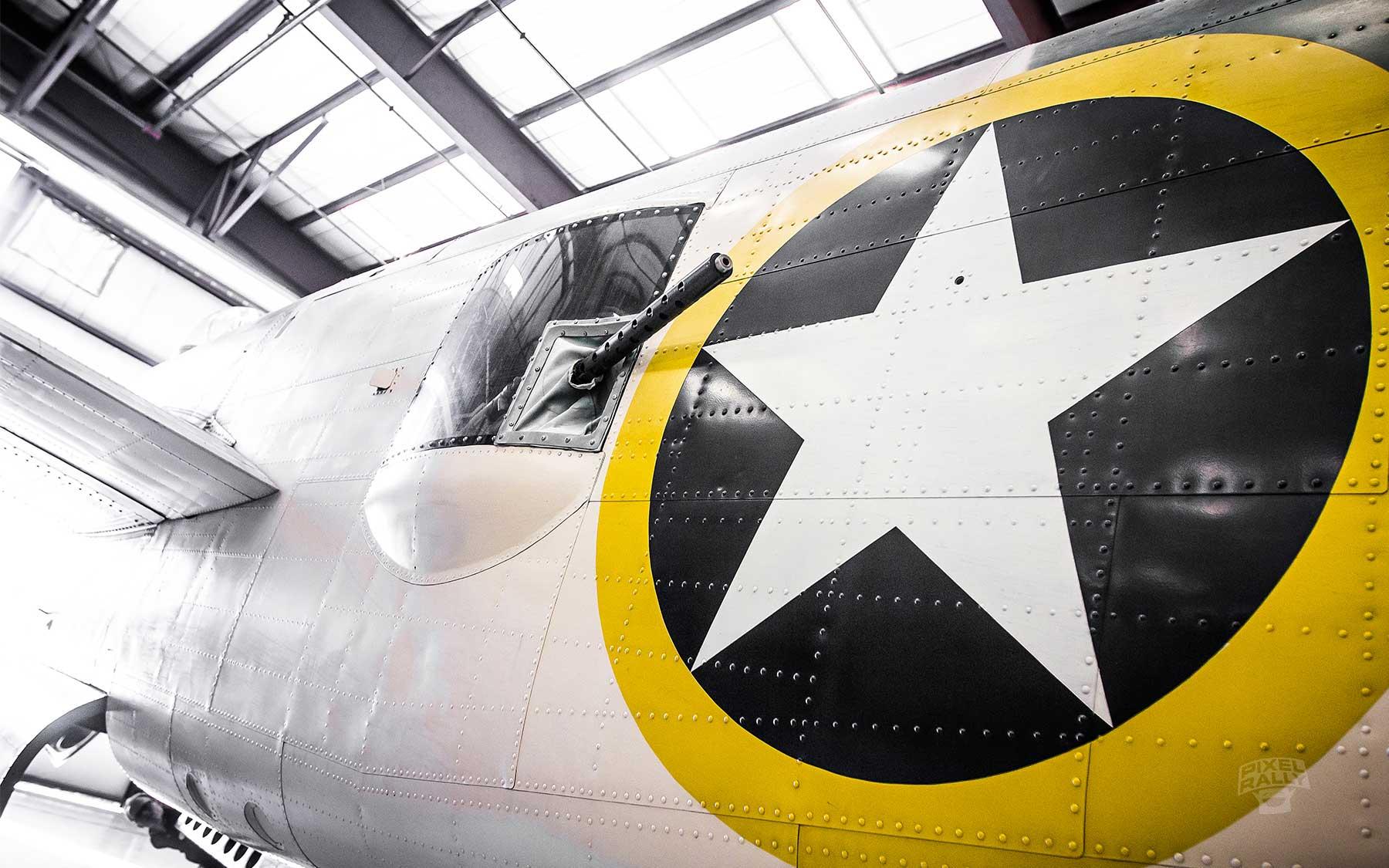 FL-WarbirdsMuseum-star-gun