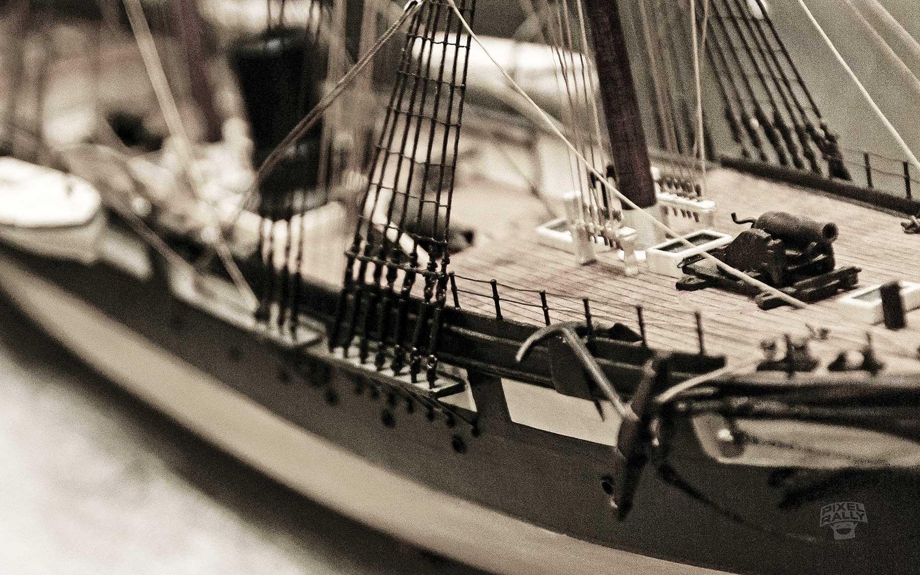 vintage-deck-cannon