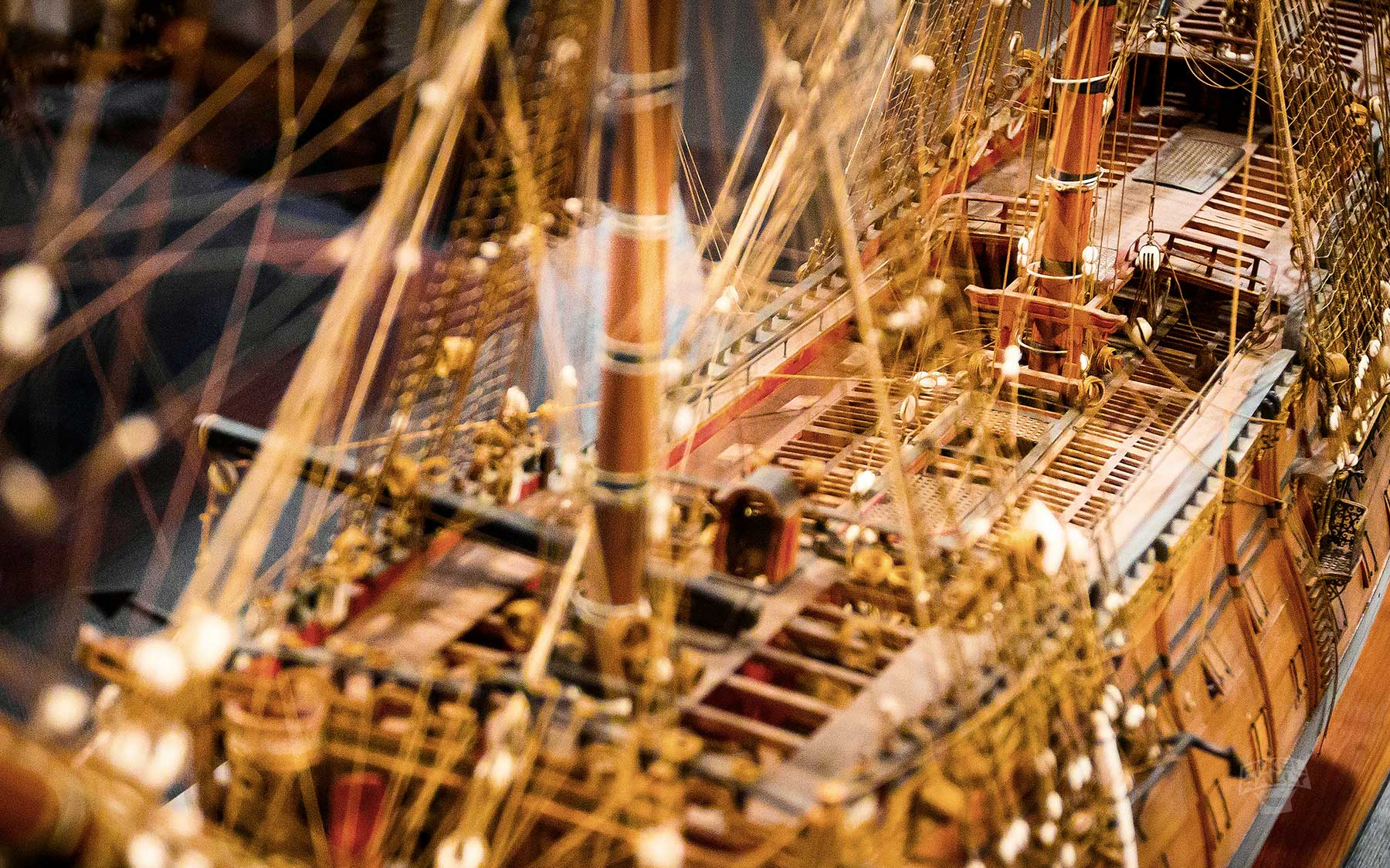 vintage-galleon-mastropes